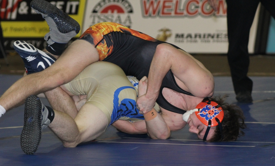 Daniel Bradford Wrestles with Seas Sesnan from Wilson Central